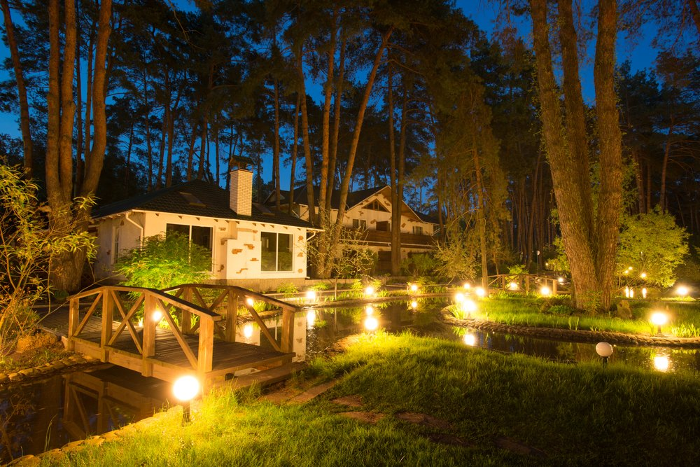 How Landscape Lighting Improves Your Outdoor Living Spaces