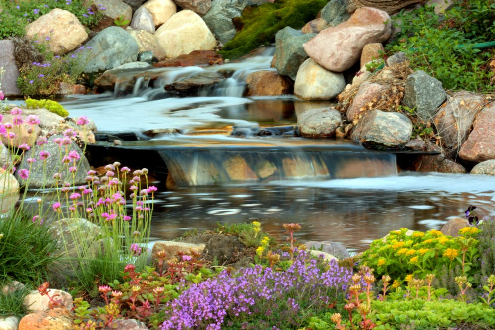 3 reasons you should add water feature, landscaping